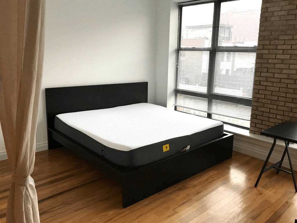 IKEA MALM bed frame delivery and assembly service in NYC and NJ. Hire iFurnitureAssembly.